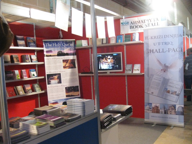 Book Fair 2013 -1