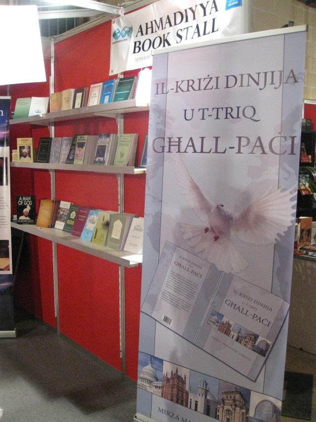 Book Fair 2013 -1A