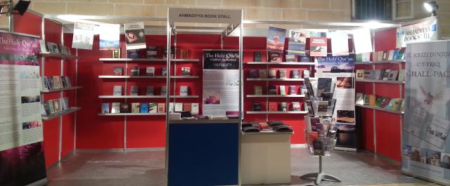 Book Fair 2013 -3