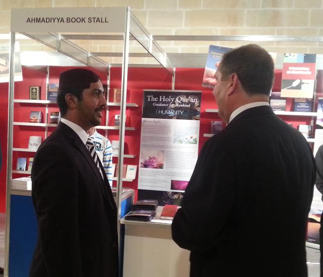 Book Fair 2013 -8